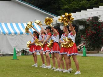 稲田中学校チアダンス部の演舞